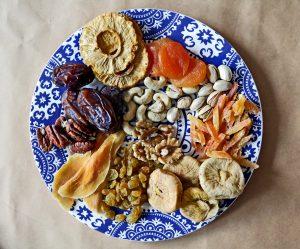 פירות יבשים בריאות ומה שבינהם